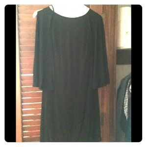 Size Chin dress with cape